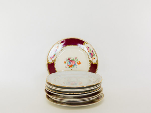 Vintage Plates in all sizes