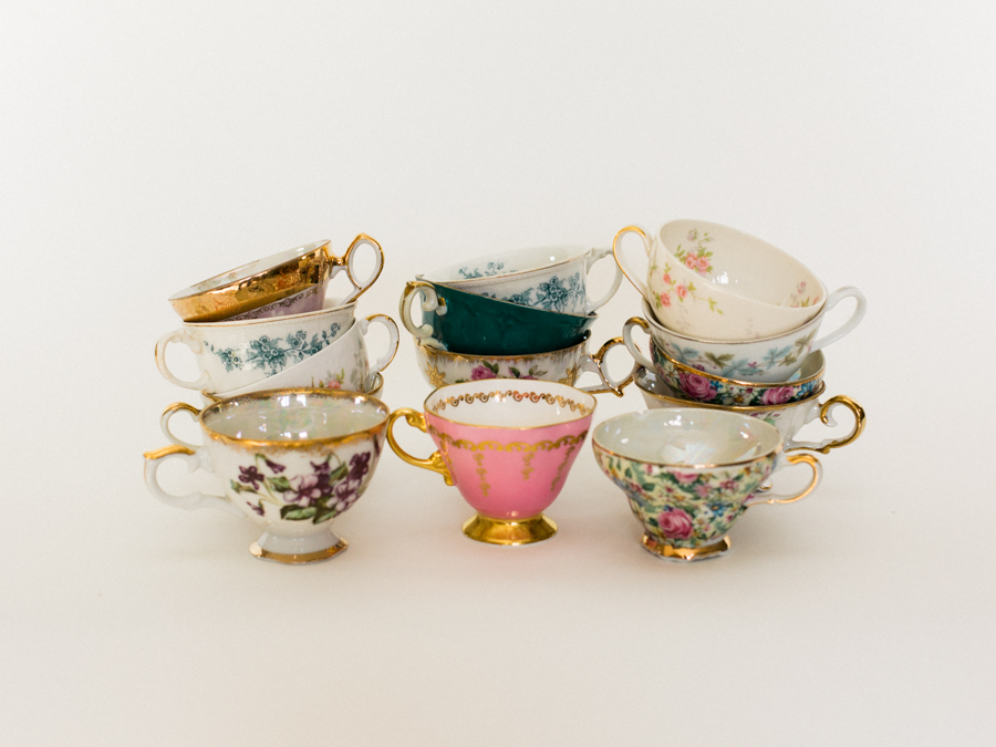Vintage Tea Cups and Saucers | Greenhouse Picker Sisters