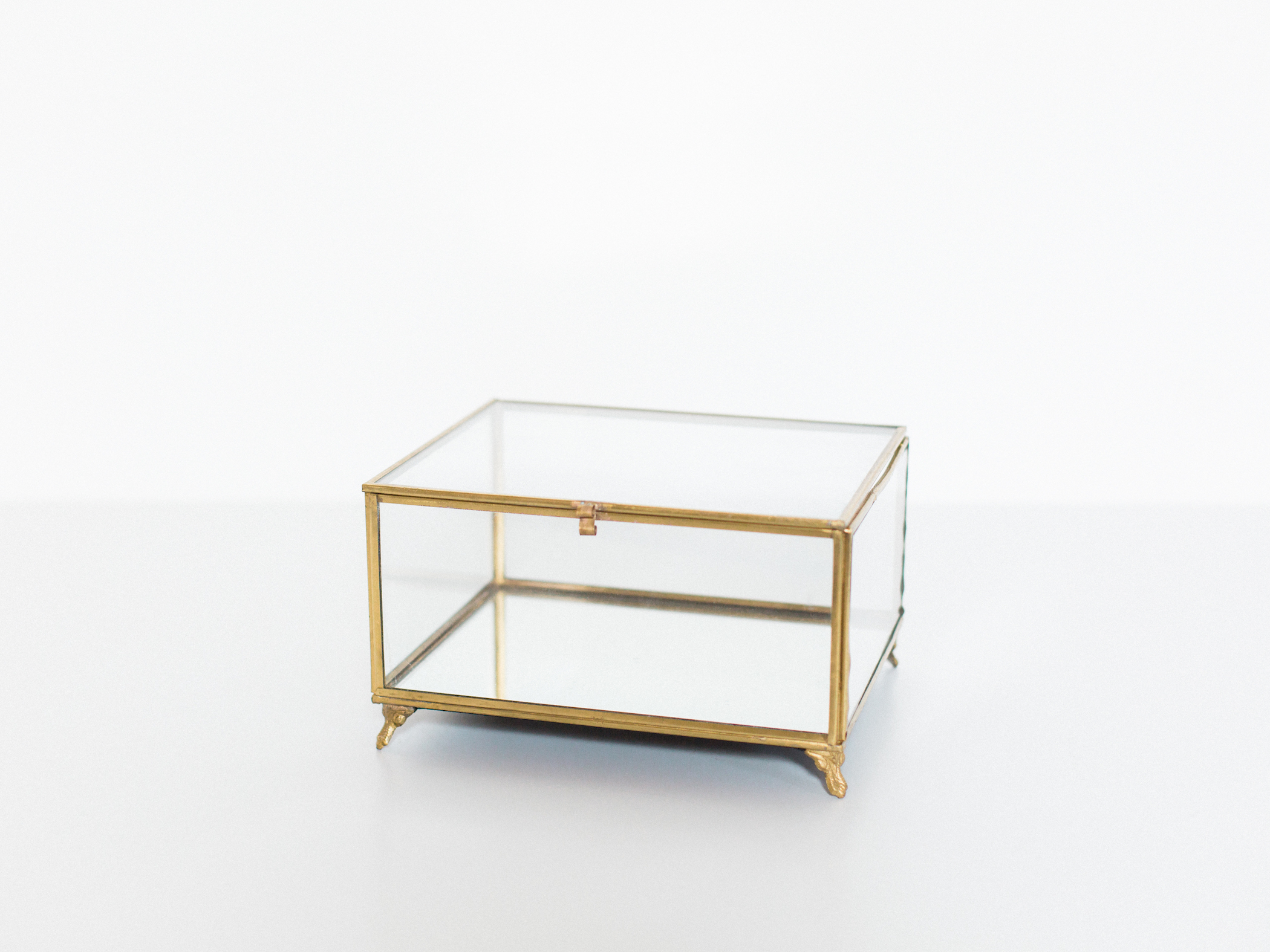 gold glass box