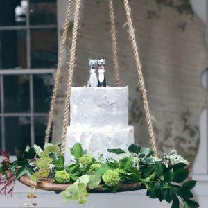 hanging cake table