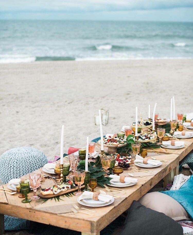 Beach dining